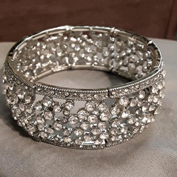 Wrist cuff/bracelet